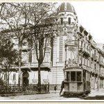 Tranvía junto al Palacio Aguirre